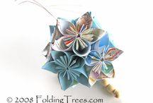 Crafts - Flowers / by Cuba Warra
