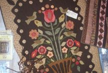 I Love Applique Quilts / by Janice Harward