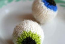 Knitting / by Knitsophrenic