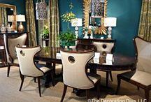 Dining rooms / by Elizabeth Bonilla