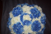 Flowers / Silk flower arrangements  / by Ashley Baxter
