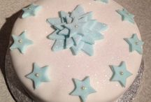 x-mas cakes / by Loubna Sealiti