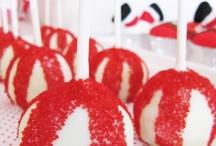 Cake Pops  / by Antonette Hazel