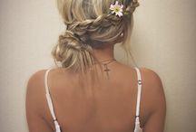 hair for weddings / by Nicole Vittorio-Medica