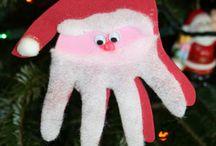 Niñas en Navidad / by Marie M.A