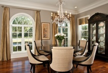 Dining rooms / by Amber Gosdin