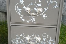 Painted furniture / by Linda Allen