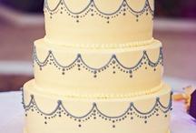 Cakes / by Luiza Furtado