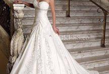 Wedding Ideas / by Nicole Kosciuk