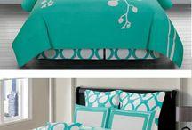 Beautiful Bedding / by BJ Moreland