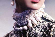 Gorgeous Fantasy Neckless!!!! / by Maria Renata Leto