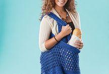 Crochet Free Patterns & Tutorials / by Mimi Parrish