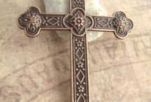 Crosses / by Roxanne Be