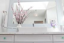 bathroom / by Janna Birn