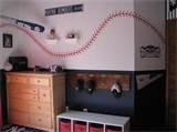 Vintage baseball bedroom / by Katie Nieman
