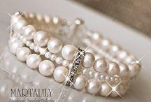 Liz's Wedding Jewelry Ideas / by Mandy Nenstiel