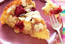 Low Calorie Desserts / by Sophia DeCouto