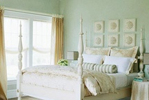 Bedrooms / by Linda Preciado
