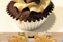 Baking (And some cooking, but mostly baking)♥ / by Alyssa Martinez