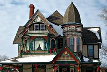 Christmas Houses....all dressed up for the holidays! / by Peggy Frontz