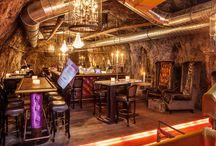 Stollen1930 / Stollen 1930 – Die Bar in Kufstein, die man gesehen haben muss So einzigartig wie das Auracher Löchl selbst ist die neue Bar im Hause: der Stollen 1930. Beim Betreten unserer Bar in Kufstein fühlen sich die Gäste zurückversetzt in die Zeit, in der in Paris, New York oder London noch Chansons der 30er-Jahre gespielt wurden.   / by Auracher Löchl 1409