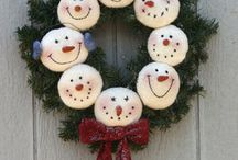 Christmas and Winter Crafts / by Crystal Buck