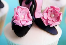 You can't look at a CUPCAKE without smiling! / Various CUPCAKE recipes and decorating ideas / by Kimberlyn Thompson