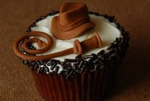 Food - Cupcakes / I just love a good cupcake / by Pataplu