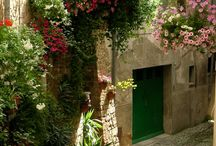 Italy / by Donna Dugone