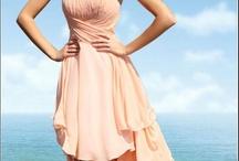 Dresses<3 / by Rachelle Hale