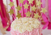 Amazing Cakes / by Heather Cherrington