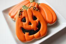 Halloween cookies / by Erin Brankowitz