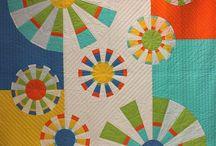 Modern Quilts / by Rhonda Byrd