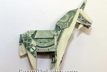 Imaginative Oragami Money Art / by TraceyJean
