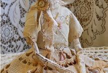 art dolls / by Jessamyn Sommers