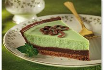 Low carb cheesecakes, baked soufflés & custards / by Jan Stamm