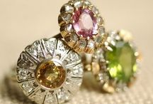Jewels / by Silvia Bustos