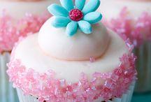 Wonderful Cakes/Cupcakes/Cookies / by Majorelle
