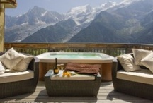Jacuzzis and hot tubs / by Holiday Lettings