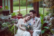 Chic Vintage Inspired Weddings / by Chic Vintage Brides