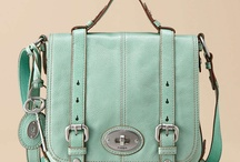 bag love / by Heather // Whipperberry