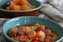 Soup/chili / by Nina Wend Martinez