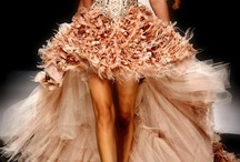 Dress Obsessed / This is pretty much my dream to dress like a princess... everyday. / by Laura (Elle)