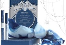 2013 Holiday Gift Guide / by AVEYOU Beauty Boutique