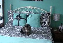 Bedrooms / by Hannah Swantek