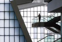 Arquitetura  / Imagens de arquitetura moderna, tradicional de todos os lugares. / by Luciane Oliveira
