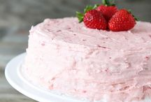 Beau gâteau / by Shannon Cockayne