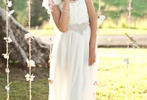 Wedding style / Hair, dress, veil / by Jael Jaffe