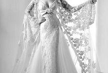 Dazzling Dresses / by Stacey Jakovac