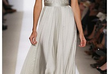 Glamorous Gowns / by Joi Simpson